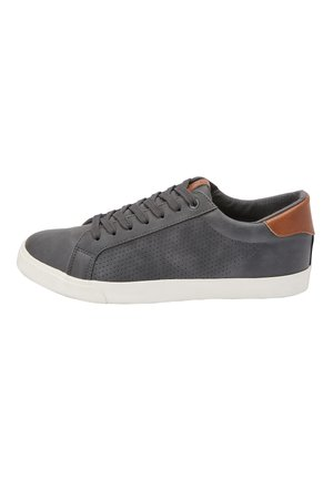 GREY PERFORATED TRAINERS - Tenisky - grey