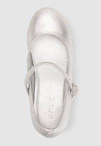 Next - MARY JANE - Ballerina's met enkelbandjes - silver - 1