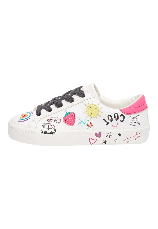 WHITE LOW TOP FUN BADGES TRAINERS (OLDER) - Trainers - white