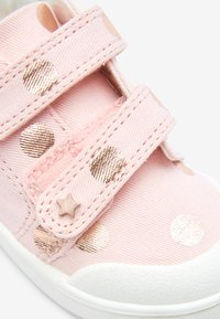 Next - PINK SPOT TOUCH FASTENING TRAINERS (YOUNGER) - Sneakers laag - pink - 3