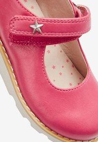 Next - PINK CHUNKY MARY JANE SHOES (YOUNGER) - Ballerinat nilkkaremmillä - pink - 4