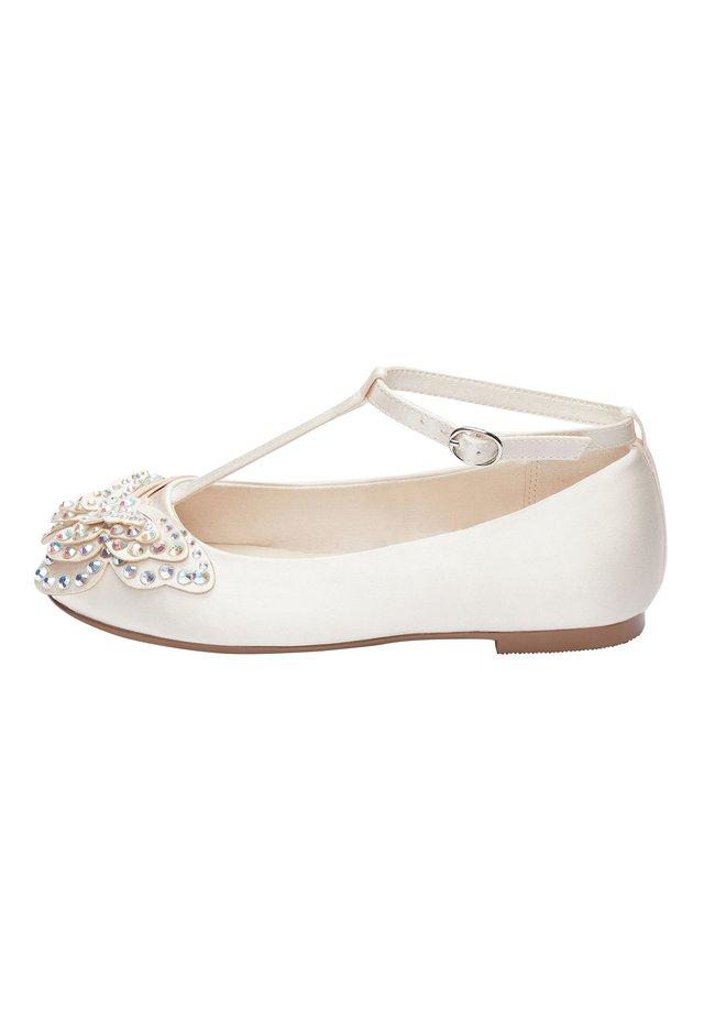 IVORY EMBELLISHED BUTTERFLY T-BAR SHOES (OLDER) - Ankle strap ballet pumps - white