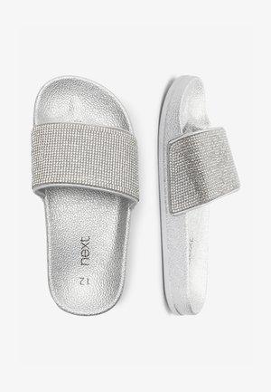 SILVER HEATSEAL SLIDERS (OLDER) - Pantolette flach - silver