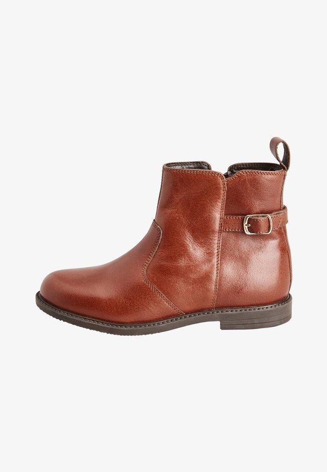 Stövletter - brown