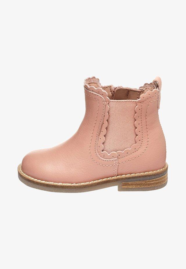 CHELSEA SCALLOP  - Kotníkové boty - pink