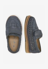 Next - NAVY LEATHER WOVEN LOAFERS (YOUNGER) - Loafers - blue - 1