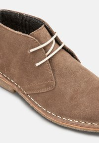 Next - NAVY - Chaussures à lacets - brown - 3