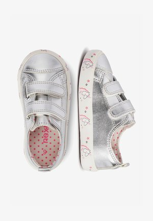 SILVER TOUCH FASTENING TRAINERS (YOUNGER) - Sneakersy niskie - silver