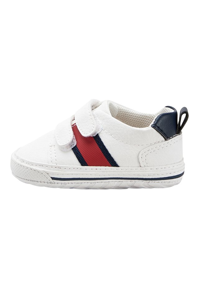 WHITE DOUBLE STRAP TAPE PRAM SHOES (0-24MTHS) - First shoes - white