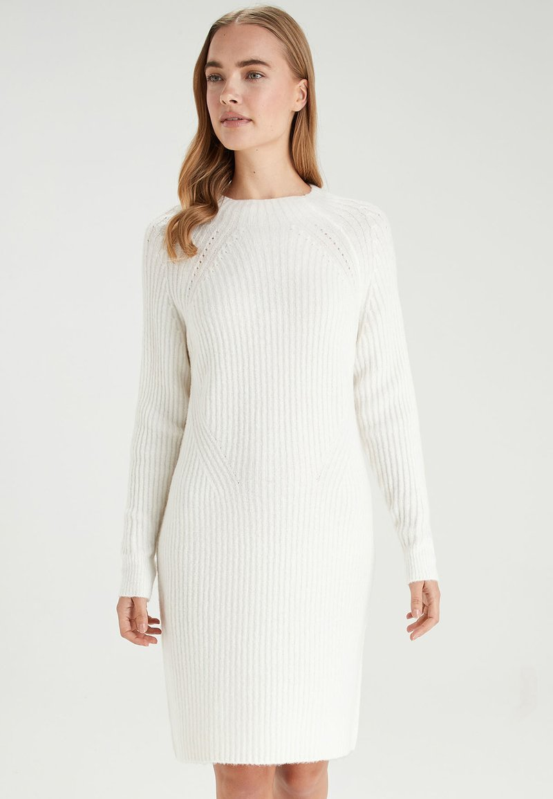 Next - WHITE LOFTY FUNNEL NECK DRESS - Gebreide jurk - white