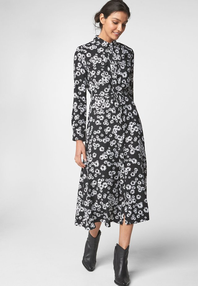 BLACK FLORAL PRINT MAXI UTILITY LONG SLEEVE SHIRT DRESS - Vestido camisero - black