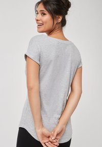 Next - Basic T-shirt - grey - 1