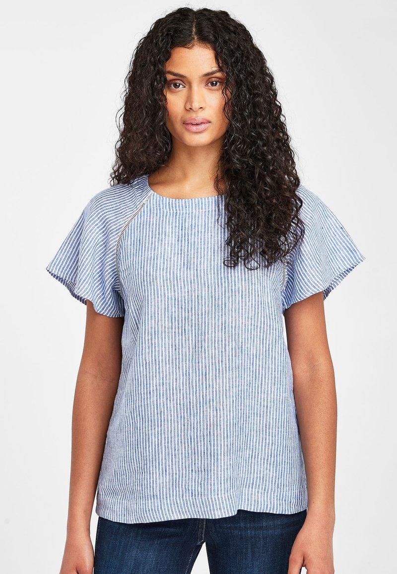 Next - BLUE/WHITE STRIPE SHORT SLEEVE LINEN TOP - Bluse - blue