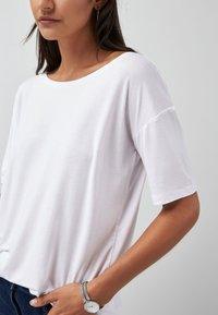 Next - Basic T-shirt - white - 2