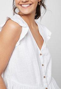 Next - WHITE LINEN BLEND RUFFLE SLEEVE BUTTON THROUGH TOP - Bluse - white - 2