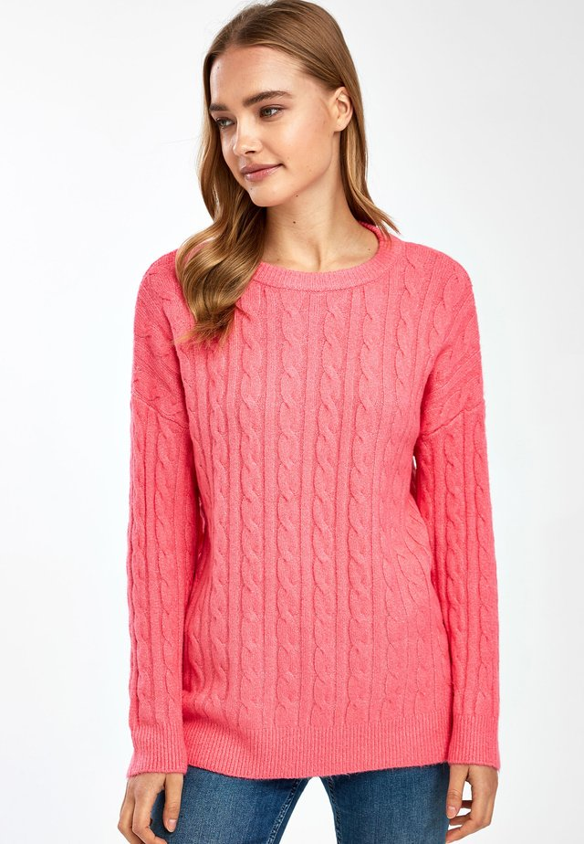 CORAL KNITTED CABLE CREW JUMPER - Jersey de punto - pink