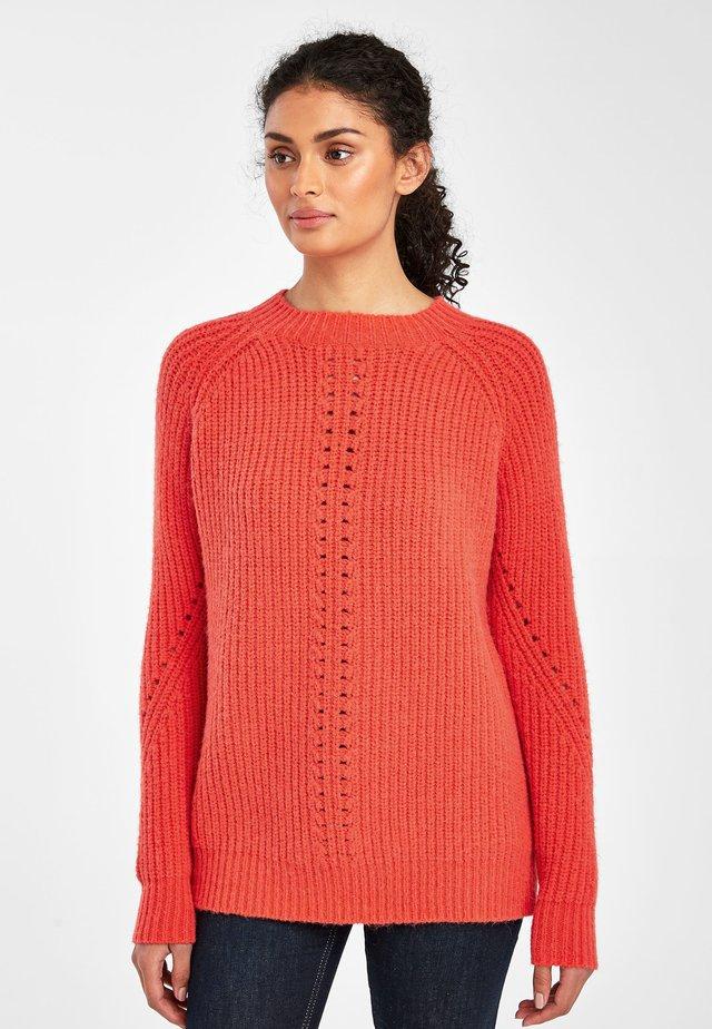 CORAL CREW NECK JUMPER - Jersey de punto - orange