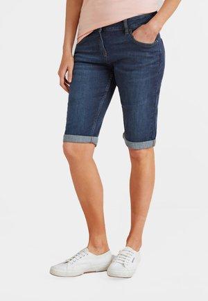 KNEE SHORTS - Shorts - blue