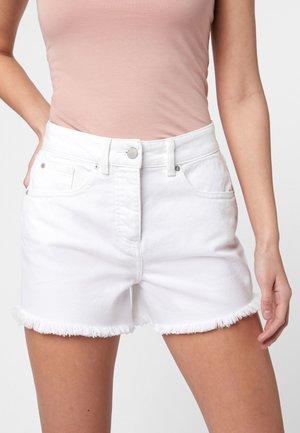 DISTRESSED  - Szorty jeansowe - white