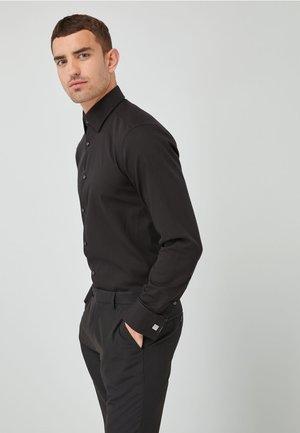 DOUBLE CUFF - Camisa elegante - black