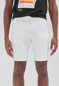 Next - Shorts di jeans - white - 4