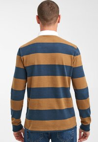 Next - TAN/NAVY STRIPE RUGBY SHIRT - Piké - brown - 1