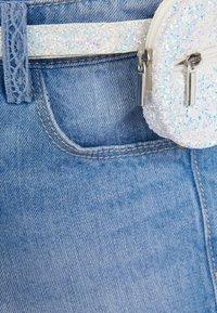 Next - DENIM MID BLUE SHORTS WITH GLITTER PURSE BELT (3-16YRS) - Denim shorts - blue - 2
