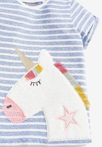 Next - STRIPE UNICORN T-SHIRT (3MTHS-7YRS) - Print T-shirt - blue - 2