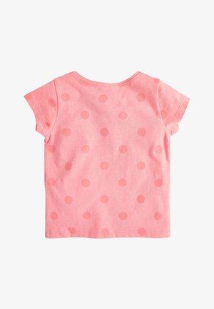 CORAL GIRAFFE T-SHIRT (3MTHS-7YRS) - Print T-shirt - orange