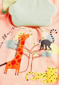 Next - ORANGE FESTIVAL SCENE INTERACTIVE APPLIQUé T-SHIRT (3MTHS-8YRS) - Print T-shirt - orange - 2