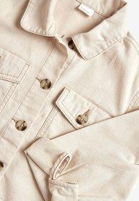 Next - IVORY COTTON OVERSHIRT (3-16YRS) - Denim jacket - off-white - 2