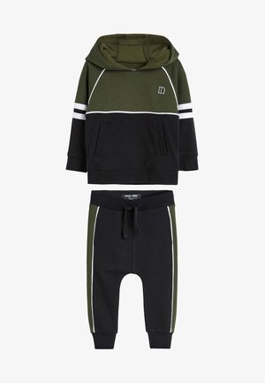 SET - Trainingspak - green