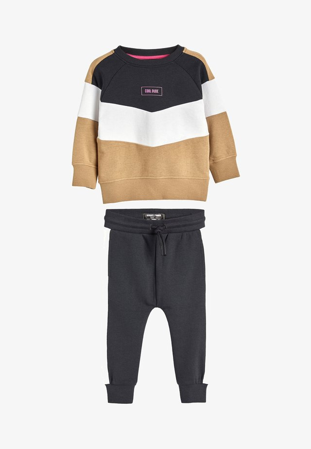 TAN/BLACK COLOURBLOCK CREW AND JOGGERS SET (3MTHS-7YRS) - Sweter - beige