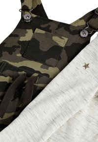 Next - CAMOUFLAGE SHORT DUNGAREES AND T-SHIRT SET (3MTHS-7YRS) - Dungarees - green - 3