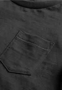 Next - T-shirt basique - black - 2