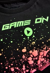 Next - BLACK PAINT SPLAT CONTROLLER T-SHIRT (3-16YRS) - Print T-shirt - black - 2