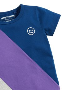 Next - NAVY/PURPLE SHORT SLEEVE COLOURBLOCK T-SHIRT (3MTHS-7YRS) - Camiseta estampada - blue - 2