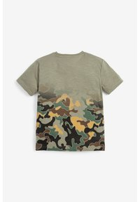 Next - CAMOUFLAGE FOOTBALL SEQUIN CHANGE T-SHIRT (3-16YRS) - T-shirt print - green - 3