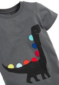 Next - BLACK SHORT SLEEVE DINO T-SHIRT (3MTHS-7YRS) - Print T-shirt - grey - 2