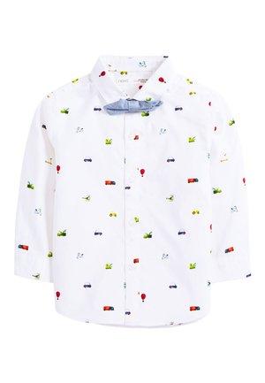 WHITE LONG SLEEVE CAR PRINT SHIRT AND BOW TIE SET (3MTHS-7YRS) - Overhemd - white