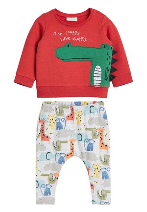 RED CHARACTER JUMPER AND JOGGERS TWO PIECE SET (0MTHS-2YRS) - Trui - red