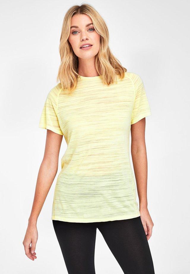 SHORT SLEEVE - Basic T-shirt - yellow