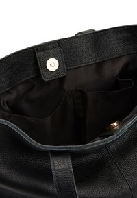 Next - BLACK LEATHER FRONT POCKET SHOPPER BAG - Torba na zakupy - black - 3