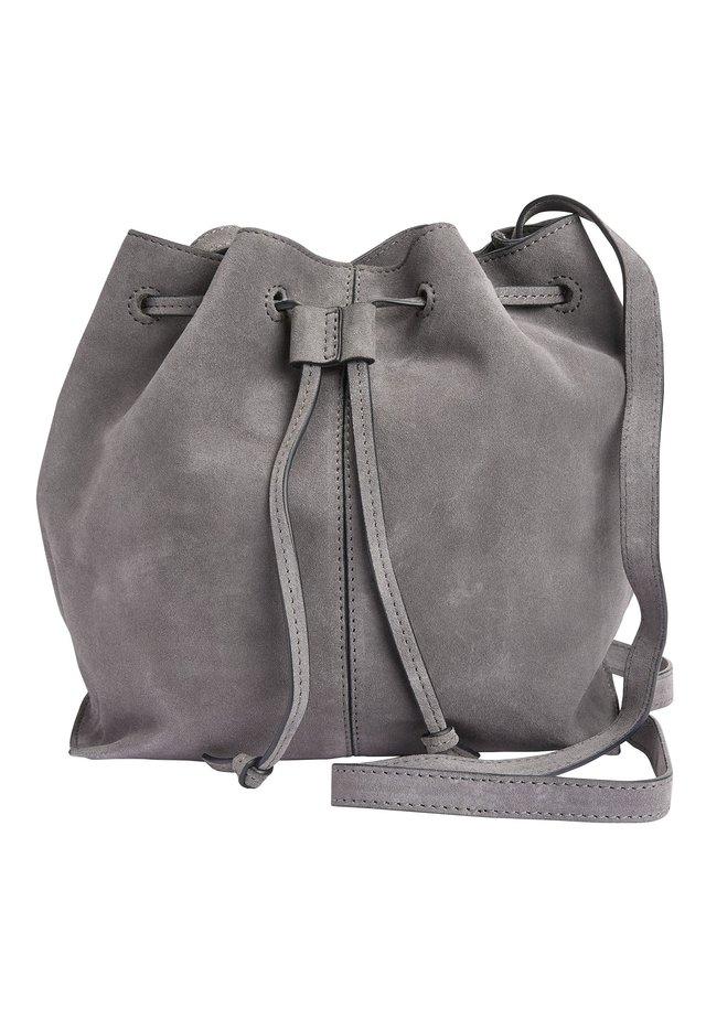 BUCKET BAG - Olkalaukku - grey