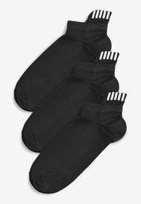 Next - BLACK SPORTS TRAINER SOCKS THREE PACK - Sokken - black - 0