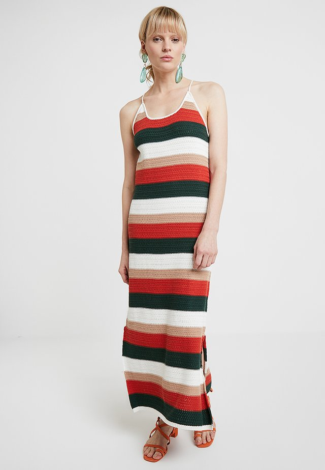 THE TARANA - Gebreide jurk - rust
