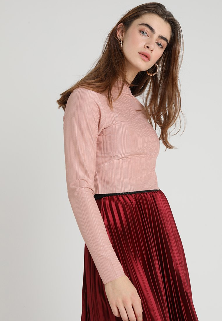 Native Youth - THE ANGELA CROP - Long sleeved top - dusty pink