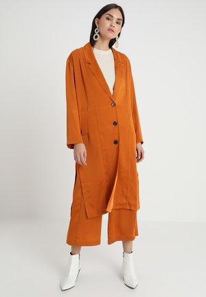 BEAUVALE - Summer jacket - orange