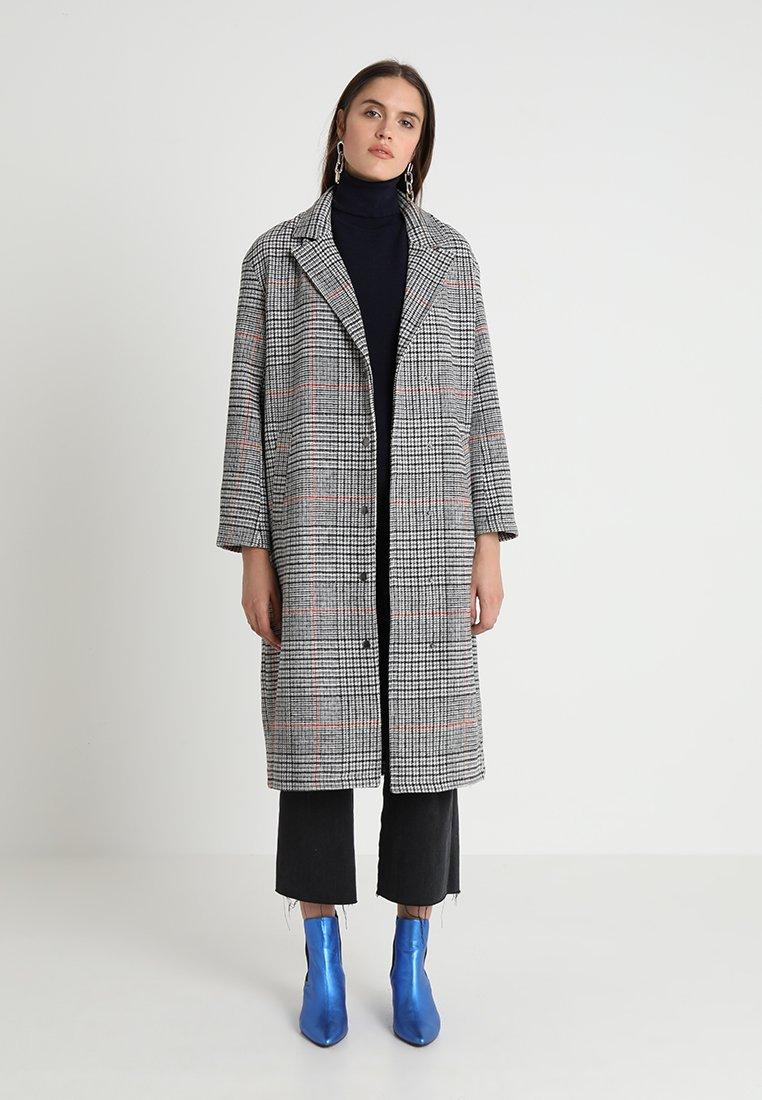 Native Youth - STEPHENSON CHECK OVERCOAT - Classic coat - grey