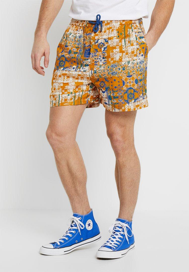 Native Youth - TRUFFAUT - Shorts - orange